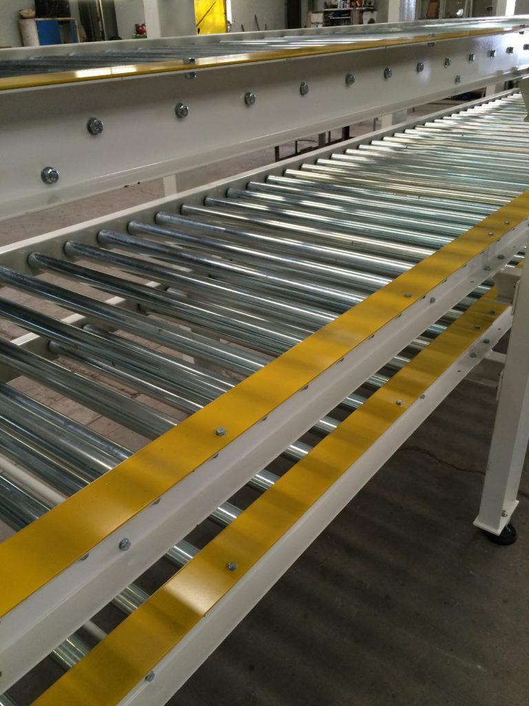 case conveyor manufacturers